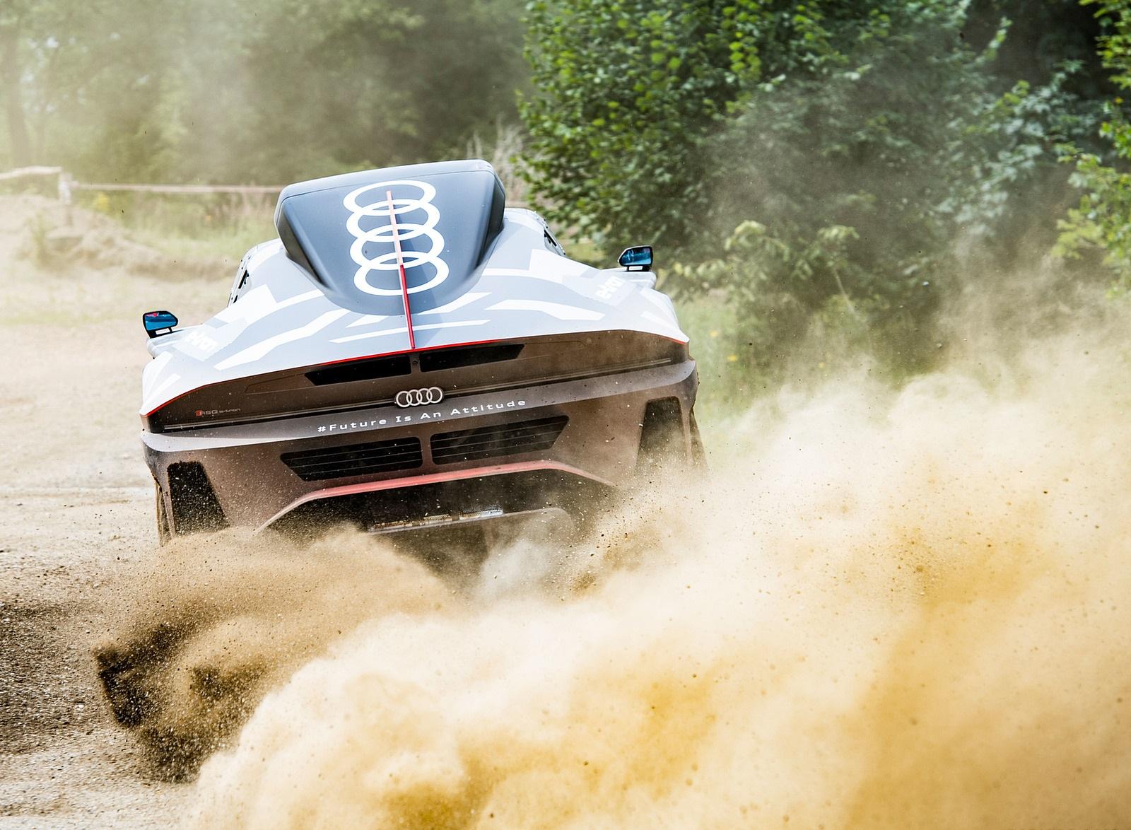 2022 Audi RS Q e-tron Dakar Rally Testing Wallpapers (6)