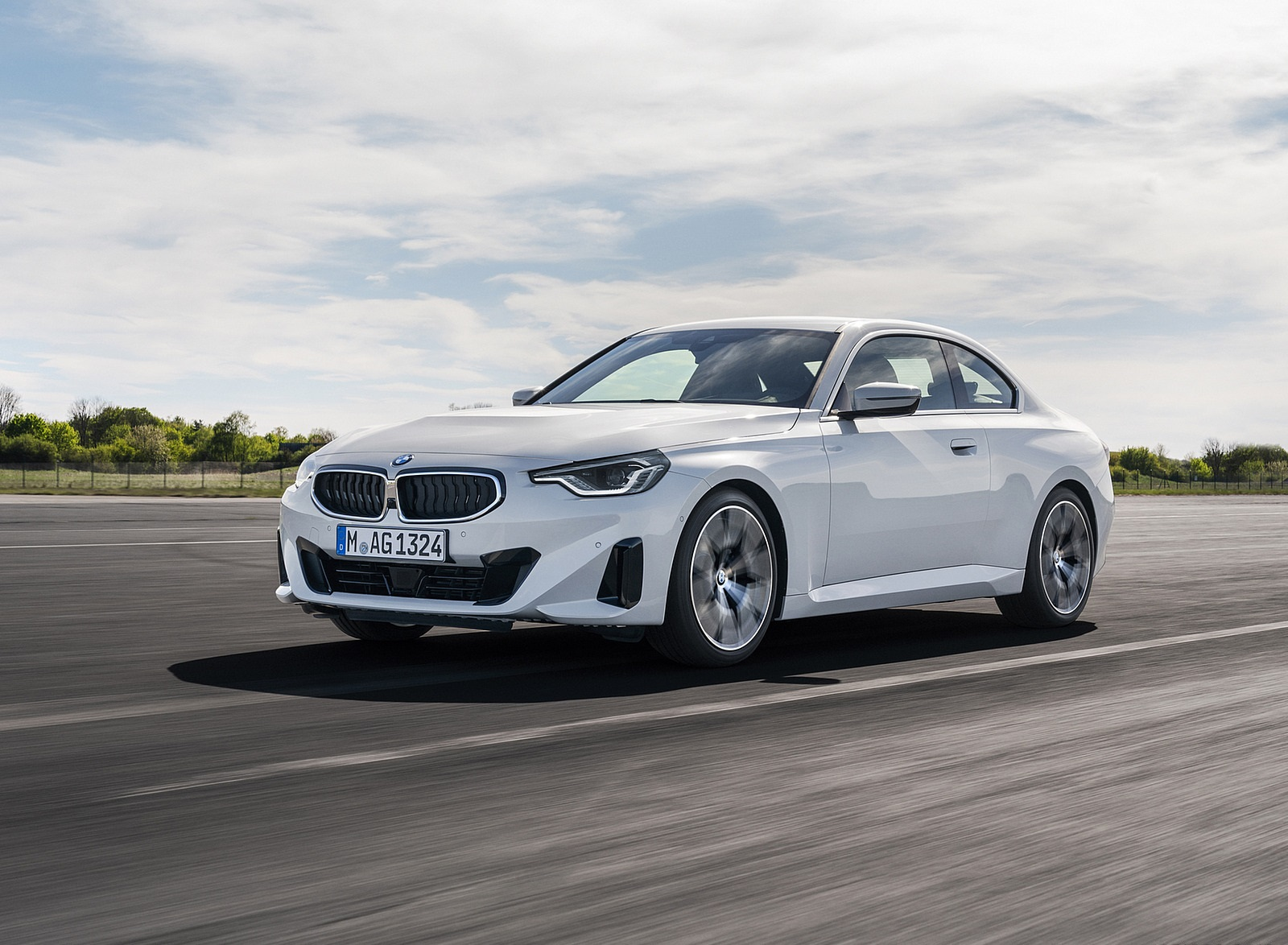 2022 BMW 2 Series Coupe Front Three-Quarter Wallpapers (8)