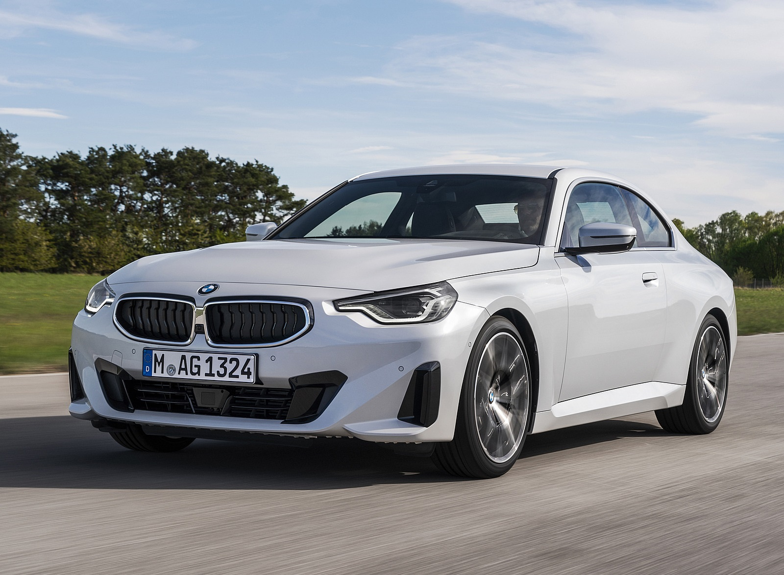 2022 BMW 2 Series Coupe Front Three-Quarter Wallpapers (1)