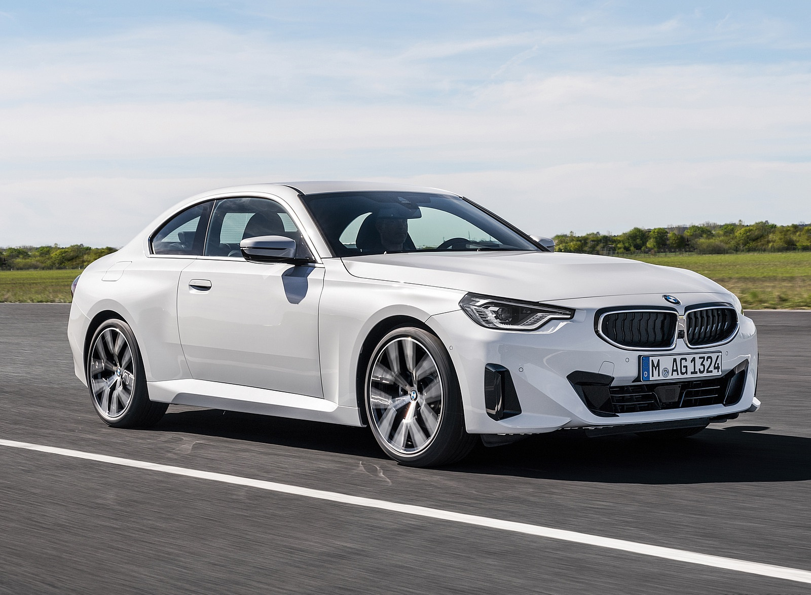 2022 BMW 2 Series Coupe Front Three-Quarter Wallpapers (9)