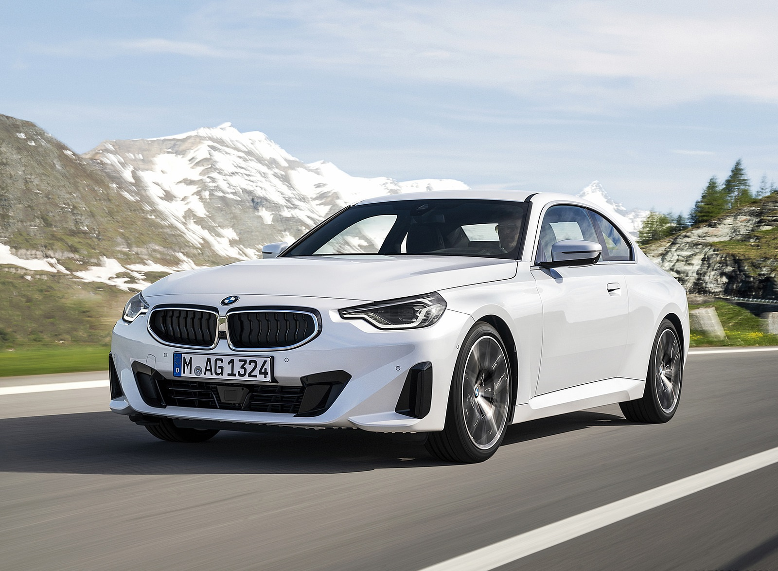 2022 BMW 2 Series Coupe Front Three-Quarter Wallpapers (3)