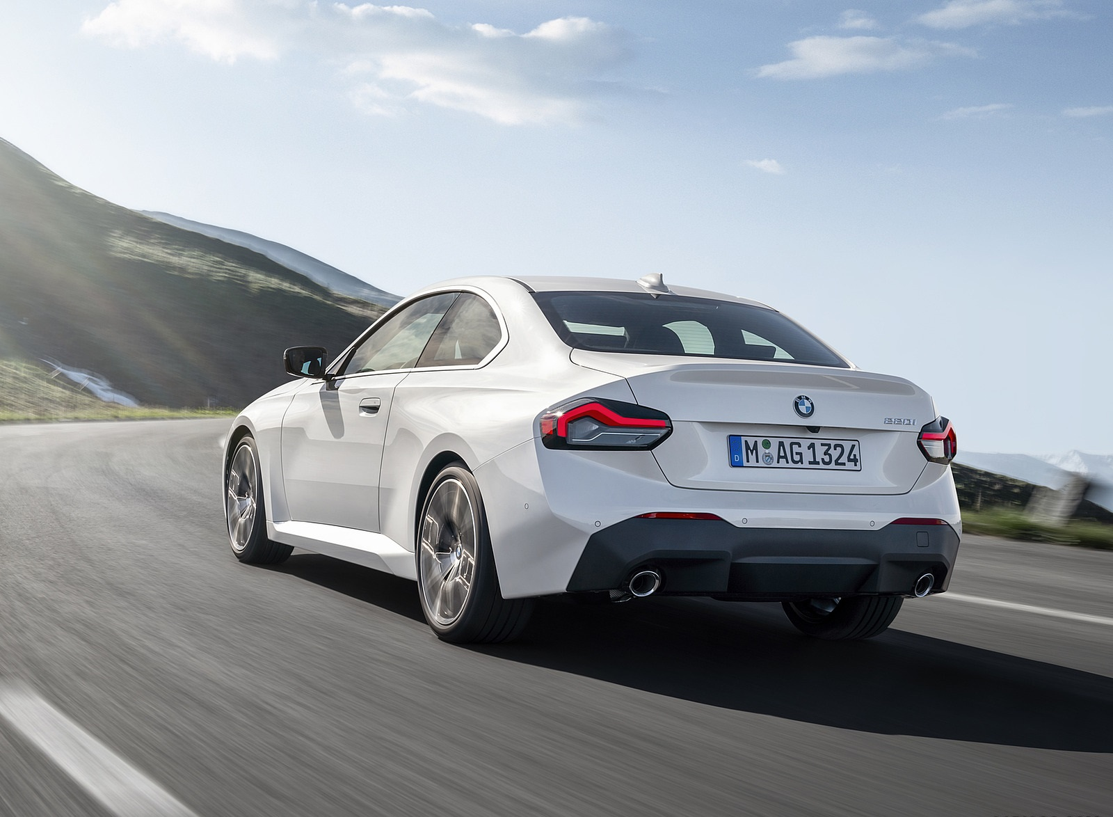 2022 BMW 2 Series Coupe Rear Three-Quarter Wallpapers (2)
