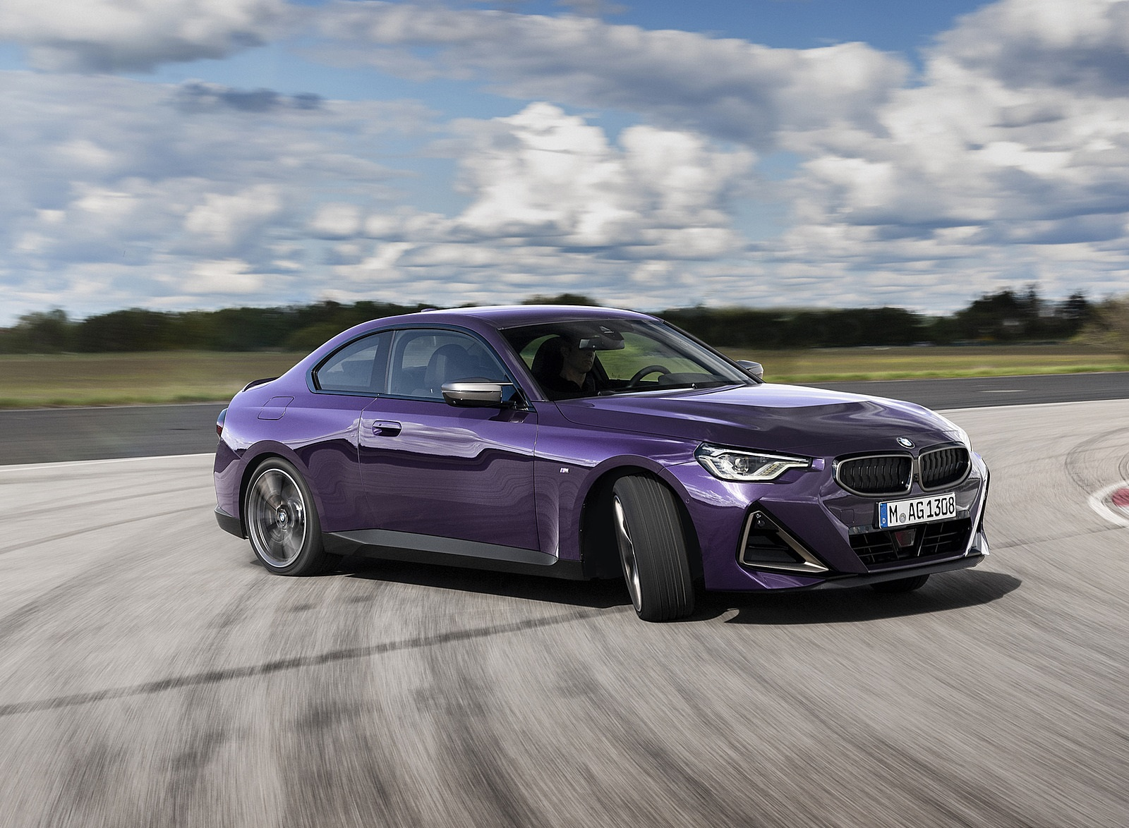 2022 BMW M240i xDrive Coupe Front Three-Quarter Wallpapers (6)