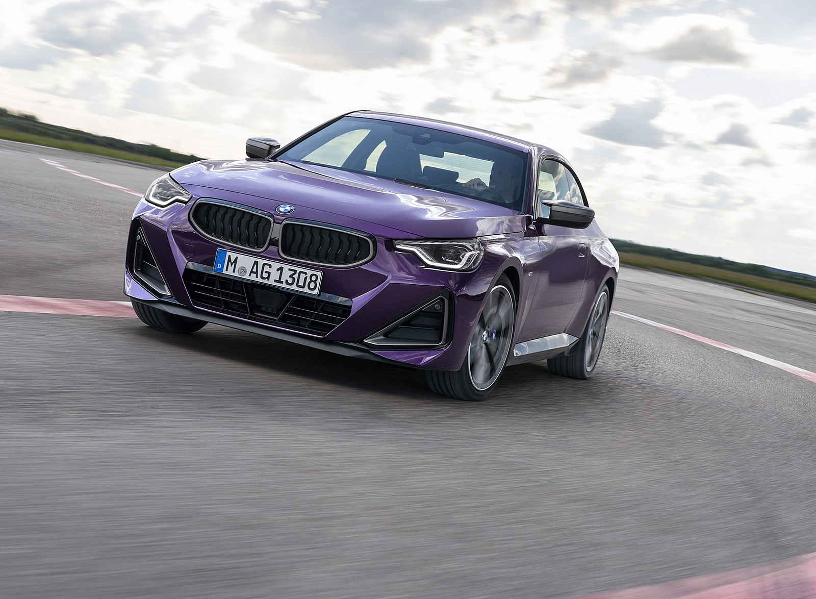 2022 BMW M240i xDrive Coupe Front Wallpapers (7)