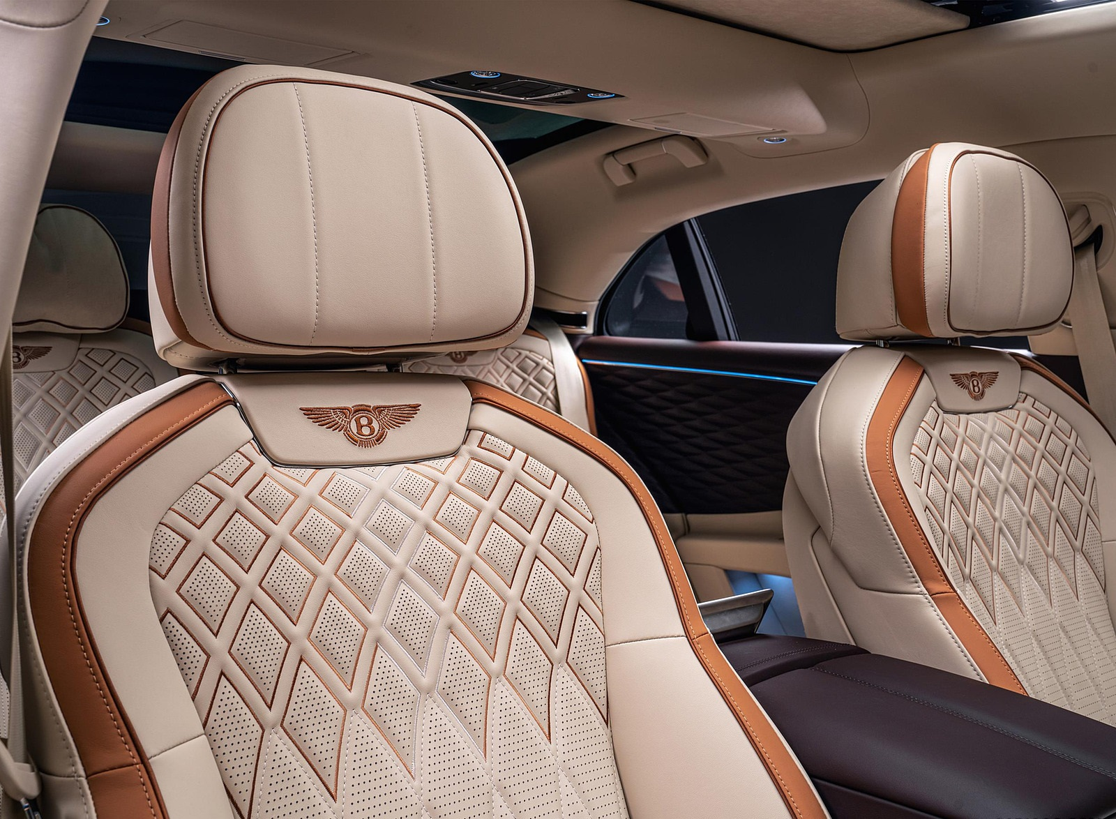 2022 Bentley Flying Spur Hybrid Odyssean Edition Interior Front Seats Wallpapers (9)