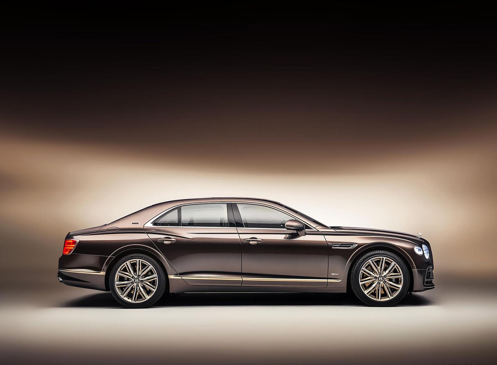 2022 Bentley Flying Spur Hybrid Odyssean Edition Side Wallpapers (3)