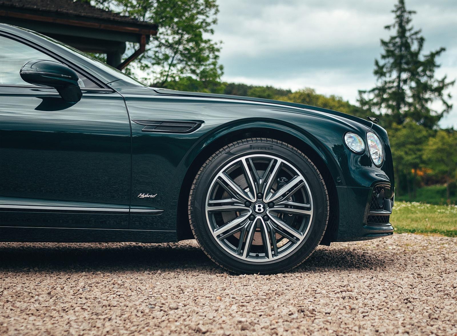 2022 Bentley Flying Spur Hybrid Wheel Wallpapers (6)