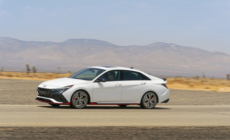 2022 Hyundai Elantra N Front Three-Quarter Wallpapers 450x275 (10)