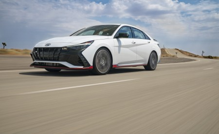2022 Hyundai Elantra N Front Three-Quarter Wallpapers 450x275 (3)