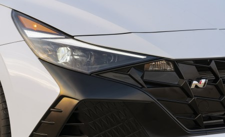 2022 Hyundai Elantra N Headlight Wallpapers 450x275 (41)