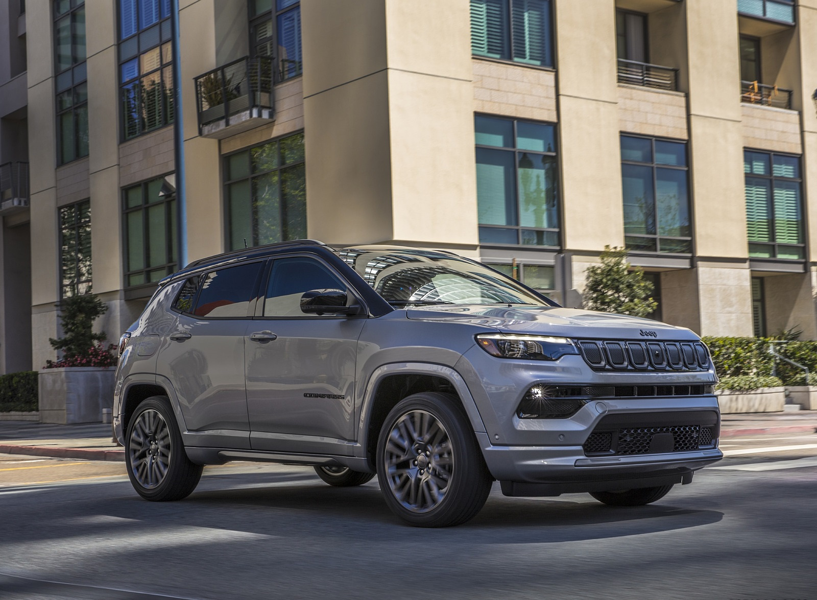 2022 Jeep Compass High Altitude Front Three-Quarter Wallpapers (10)