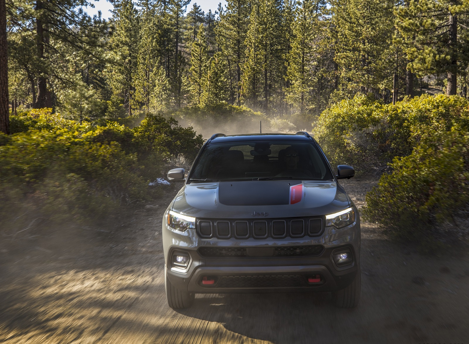 2022 Jeep Compass Trailhawk Front Wallpapers (2)