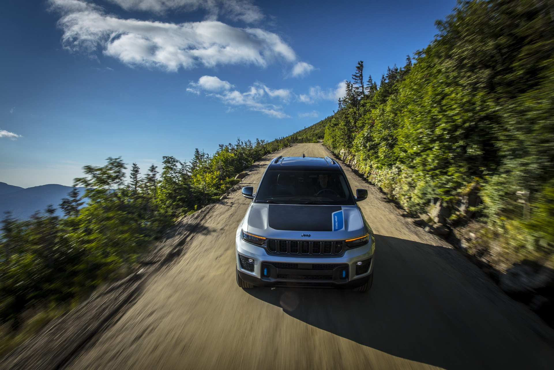 2022 Jeep Grand Cherokee Trailhawk 4xe Front Wallpapers (6)