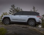 2022 Jeep Grand Cherokee Trailhawk 4xe Off-Road Wallpapers 150x120 (25)