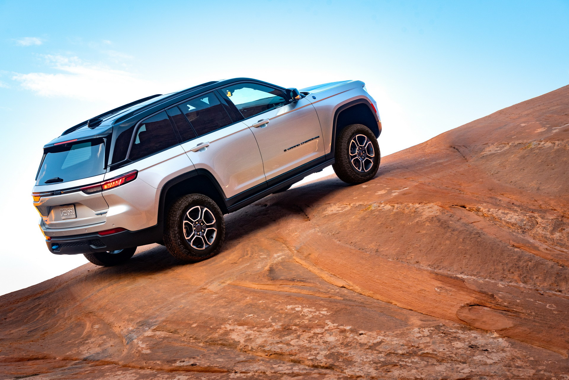 2022 Jeep Grand Cherokee Trailhawk 4xe Off-Road Wallpapers (8)