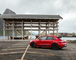 2022 Porsche Macan GTS (Color: Carmine Red) Side Wallpapers 150x120 (45)