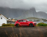 2022 Porsche Macan GTS (Color: Carmine Red) Side Wallpapers 150x120 (46)