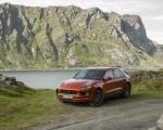 2022 Porsche Macan S (Color: Papaya Metallic) Front Three-Quarter Wallpapers 150x120 (41)