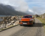 2022 Porsche Macan S (Color: Papaya Metallic) Front Wallpapers 150x120 (31)