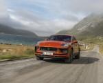 2022 Porsche Macan S (Color: Papaya Metallic) Front Wallpapers 150x120 (32)