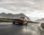 2022 Porsche Macan S (Color: Papaya Metallic) Front Wallpapers 150x120 (23)