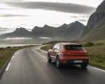 2022 Porsche Macan S (Color: Papaya Metallic) Rear Three-Quarter Wallpapers 150x120 (26)