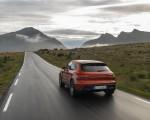 2022 Porsche Macan S (Color: Papaya Metallic) Rear Wallpapers 150x120 (29)