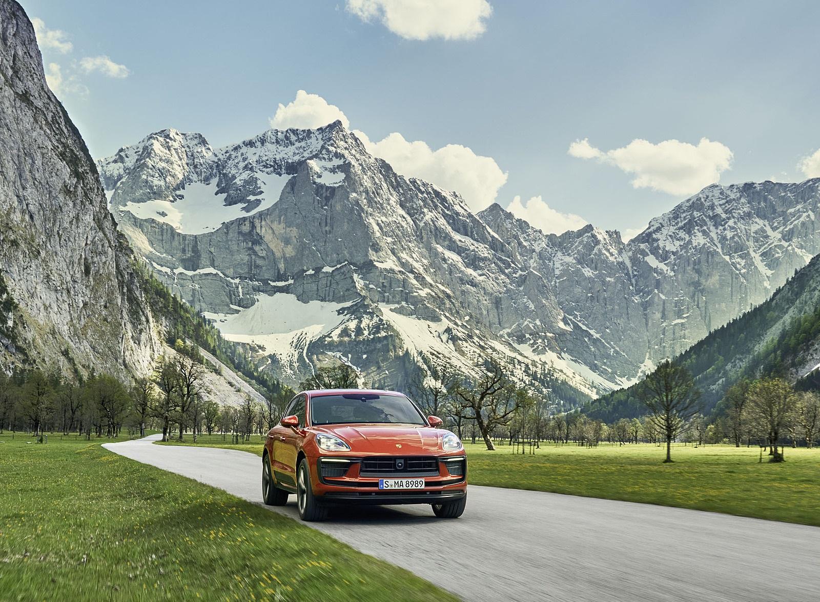 2022 Porsche Macan S Front Wallpapers (3)
