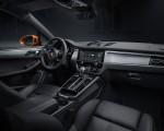 2022 Porsche Macan S Interior Wallpapers 150x120 (19)