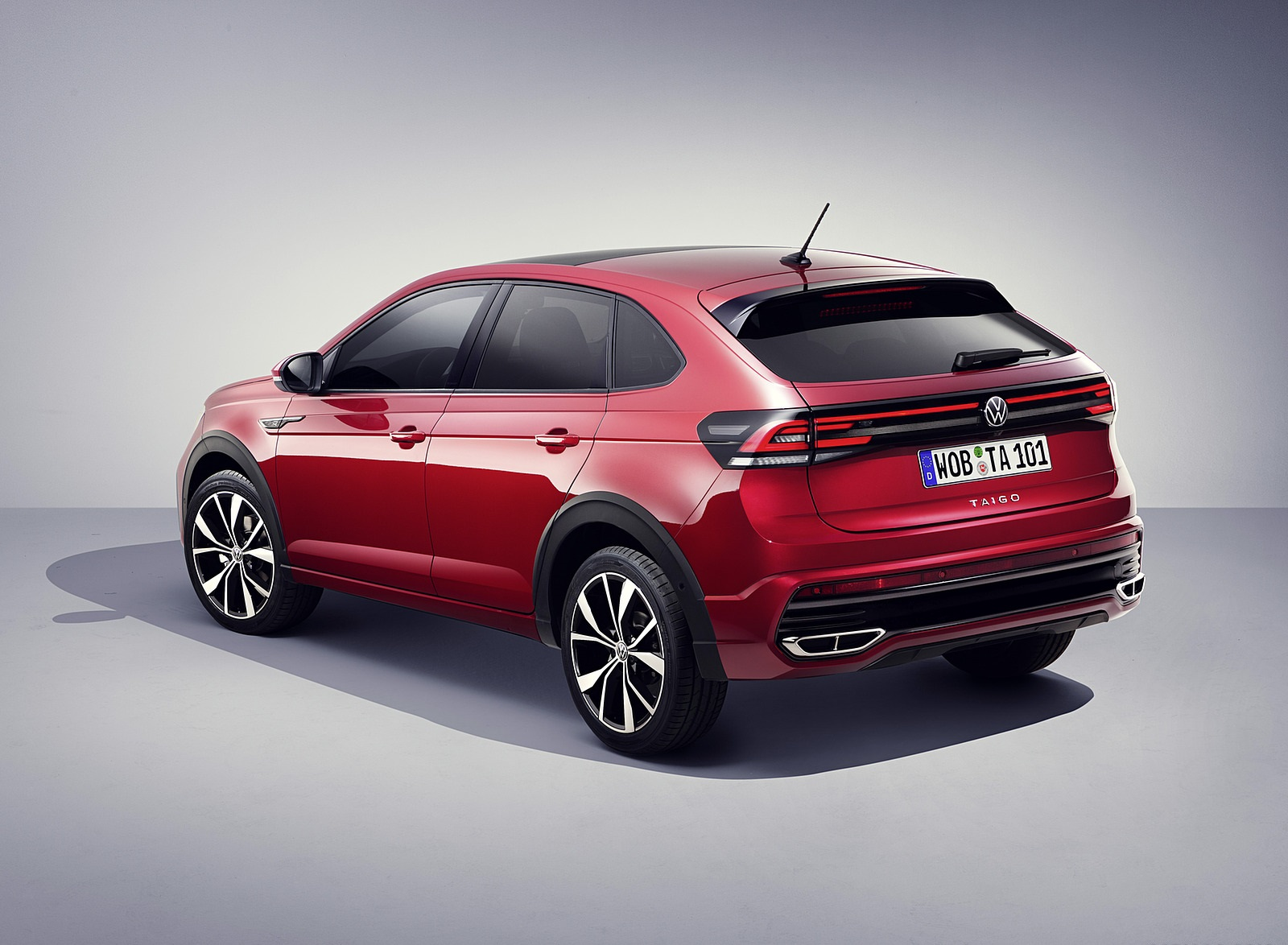 2022 Volkswagen Taigo R-Line Rear Three-Quarter Wallpapers (4)