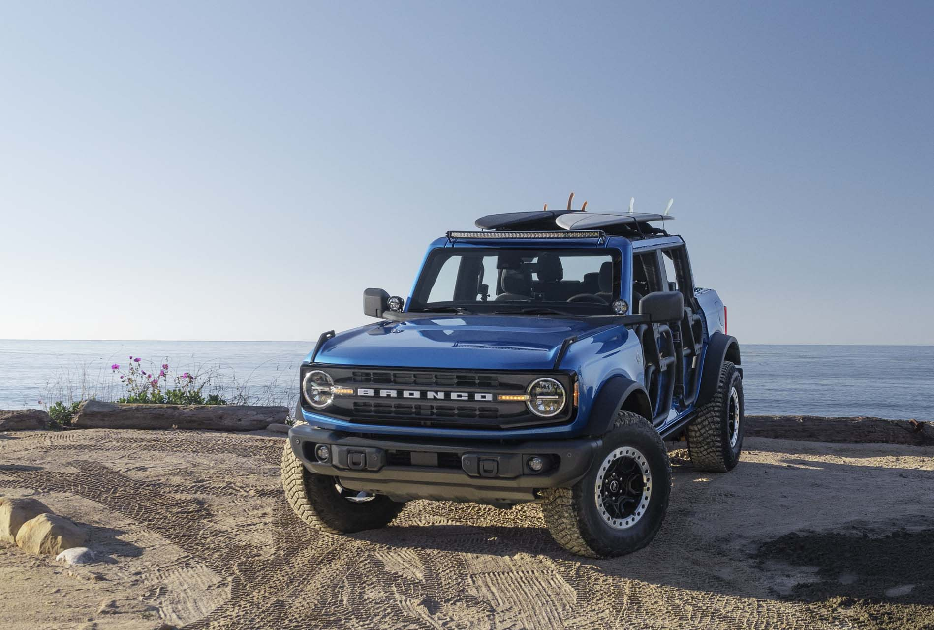 2021 Ford Bronco Riptide Concept Front Wallpapers (1)