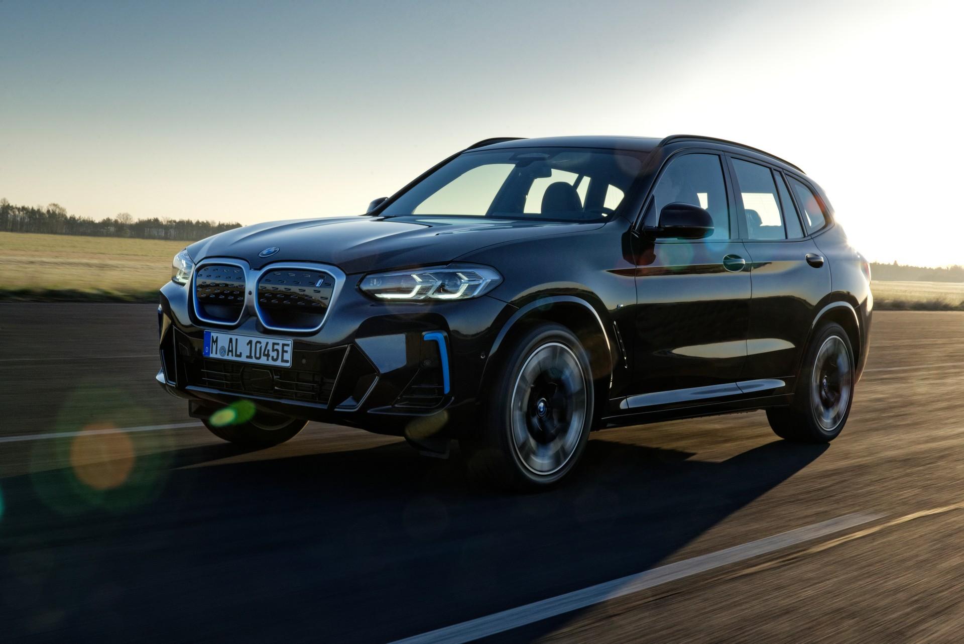 2022 BMW iX3 Front Three-Quarter Wallpapers (6)
