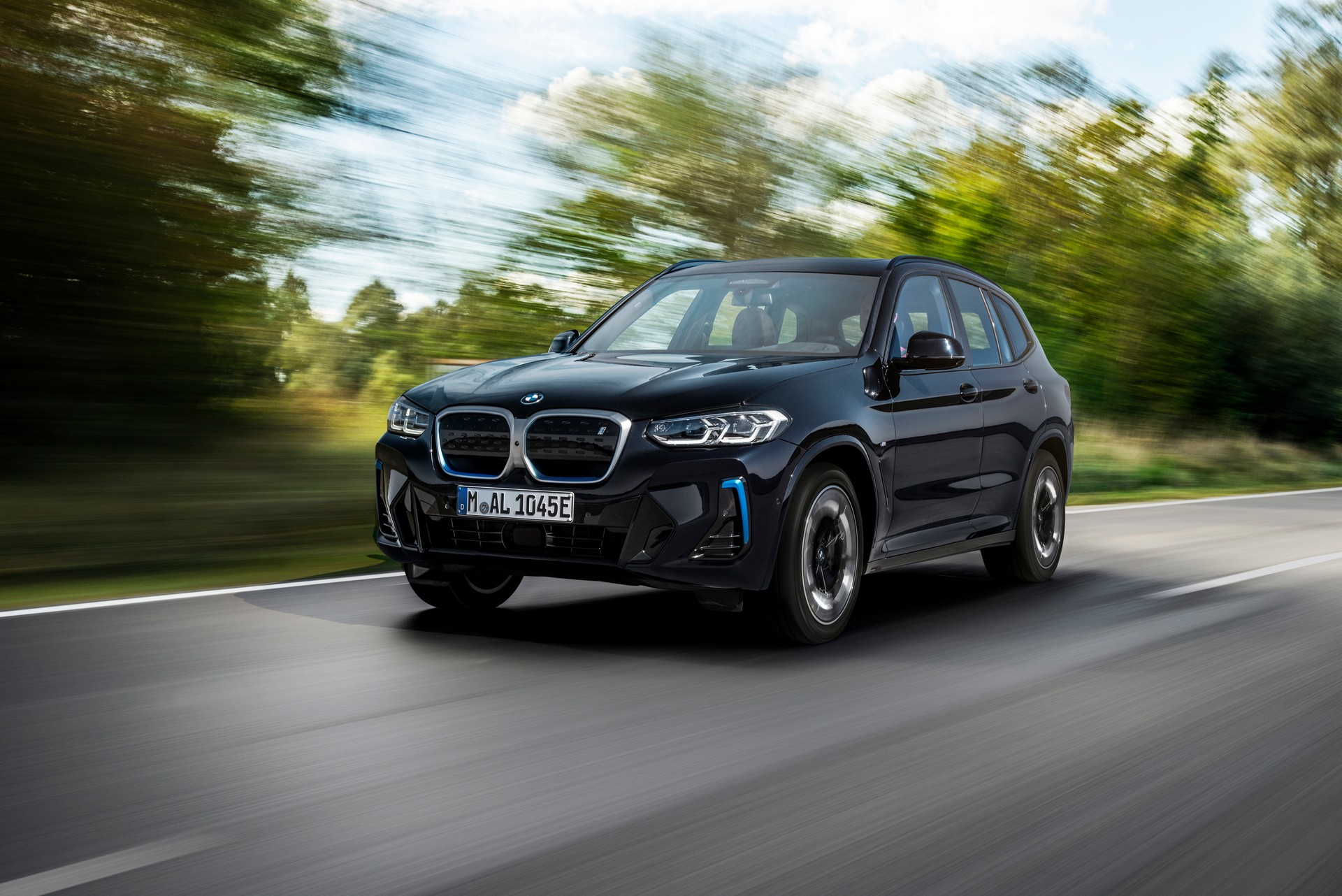 2022 BMW iX3 Front Wallpapers (10)