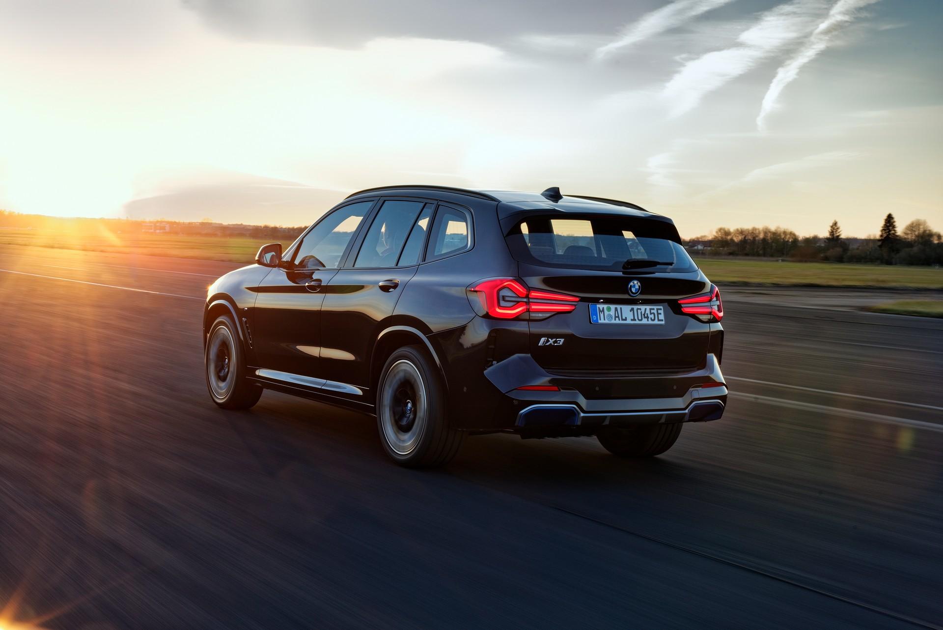 2022 BMW iX3 Rear Three-Quarter Wallpapers (7)