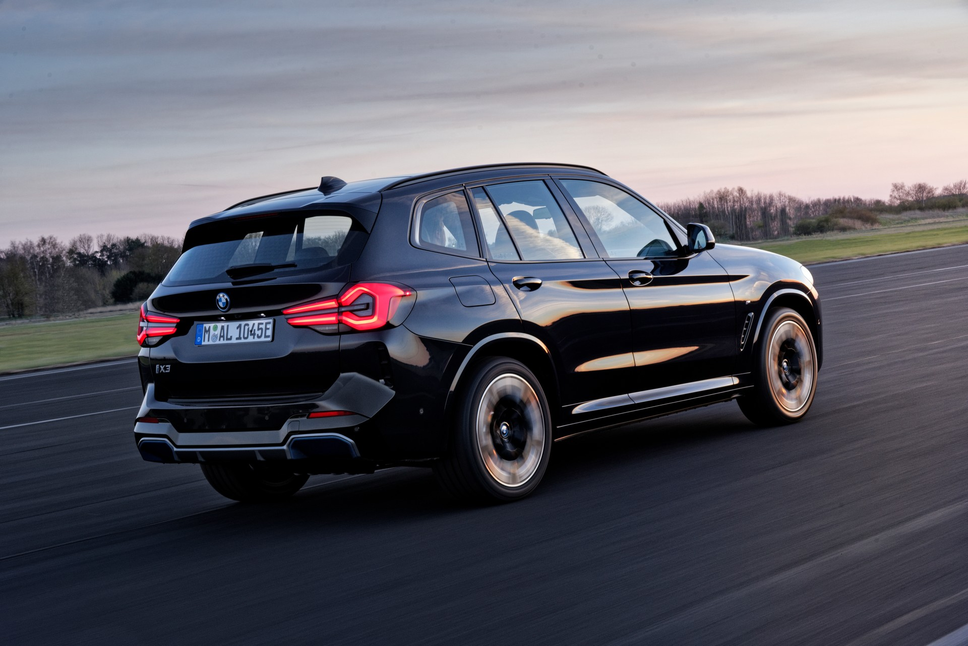 2022 BMW iX3 Rear Three-Quarter Wallpapers (8)