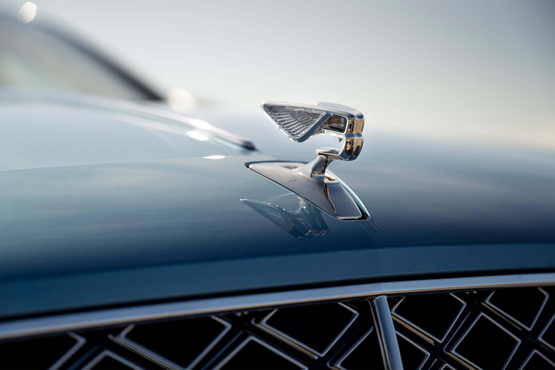 2022 Bentley Flying Spur Mulliner Hood Ornament Wallpapers (4)