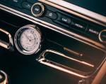2022 Bentley Flying Spur Mulliner Interior Detail Wallpapers 150x120 (16)