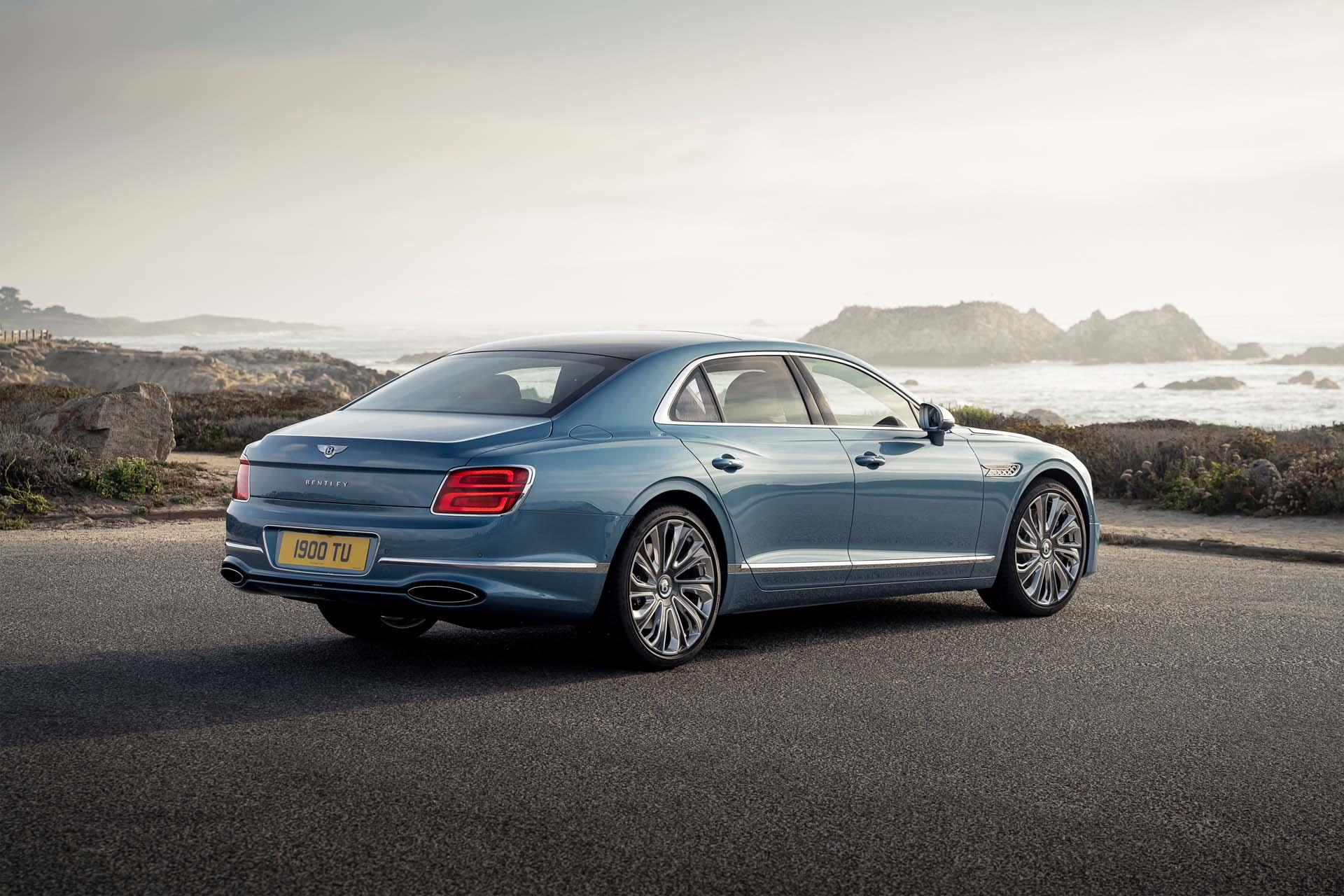 2022 Bentley Flying Spur Mulliner Rear Three-Quarter Wallpapers (3)