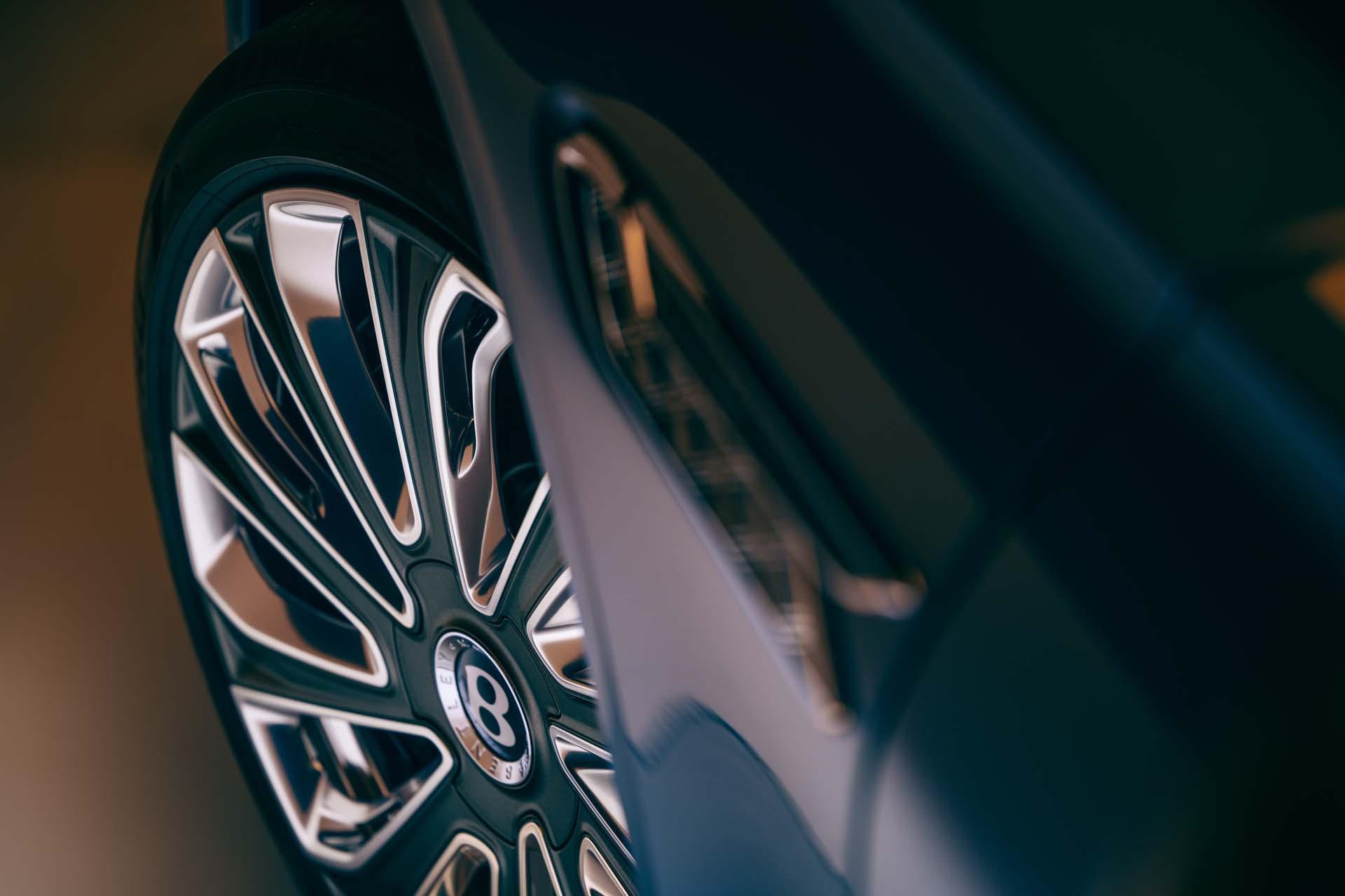 2022 Bentley Flying Spur Mulliner Wheel Wallpapers (6)