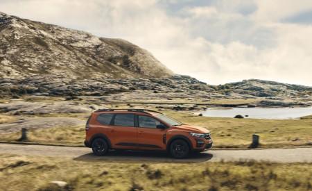 2022 Dacia Jogger Extreme Front Three-Quarter Wallpapers 450x275 (7)