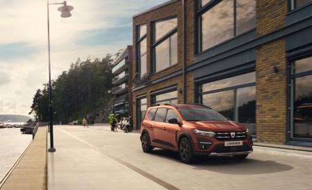 2022 Dacia Jogger Extreme Front Three-Quarter Wallpapers 450x275 (8)