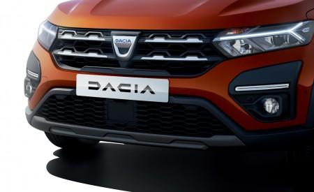 2022 Dacia Jogger Extreme Headlight Wallpapers 450x275 (18)