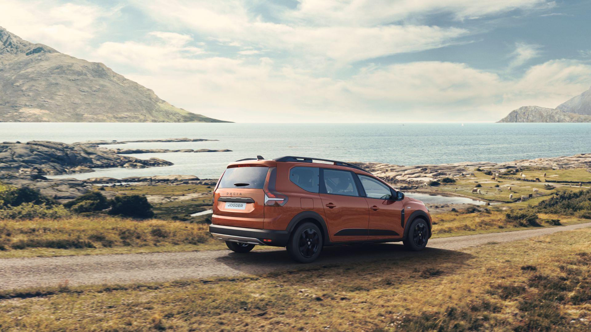 2022 Dacia Jogger Extreme Rear Three-Quarter Wallpapers (3)