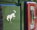 2022 Ford Bronco 4-Door (Color: Eruption Green) Badge Wallpapers 150x120 (22)