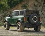2022 Ford Bronco 4-Door (Color: Eruption Green) Rear Three-Quarter Wallpapers 150x120 (9)