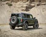 2022 Ford Bronco 4-Door (Color: Eruption Green) Rear Three-Quarter Wallpapers 150x120 (10)
