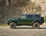 2022 Ford Bronco 4-Door (Color: Eruption Green) Side Wallpapers 150x120 (7)