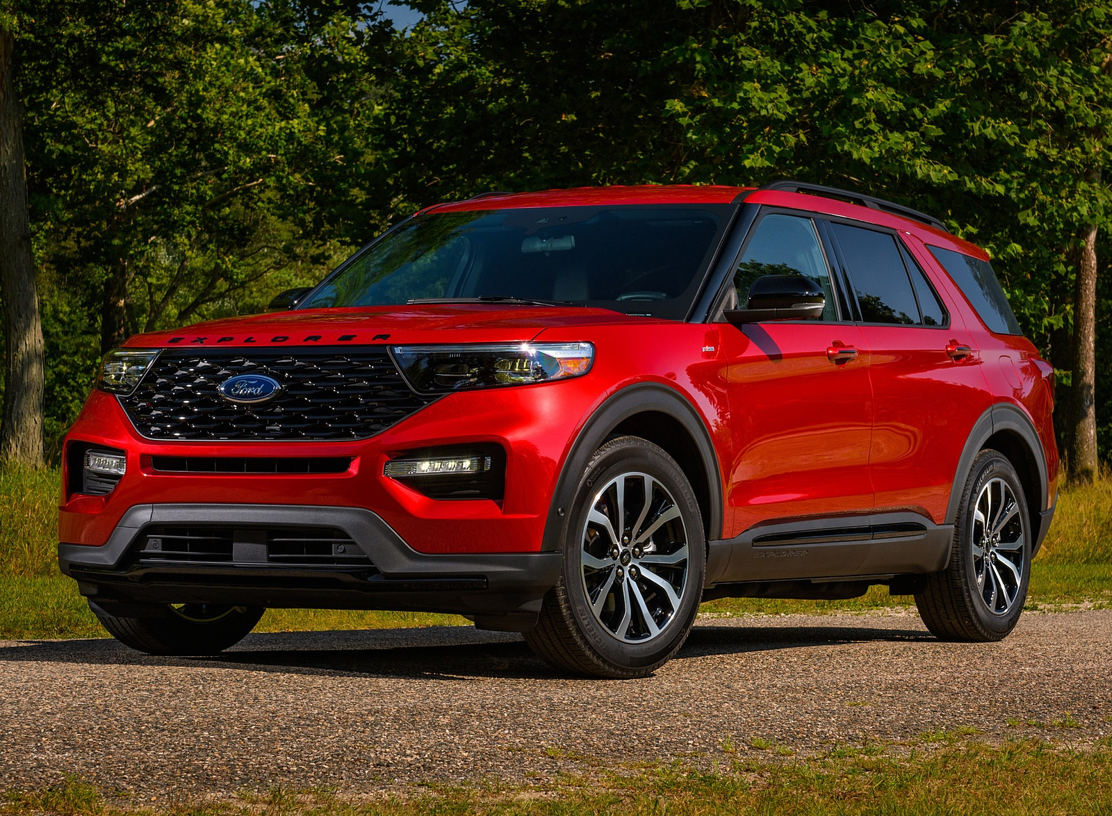 2022 Ford Explorer ST-Line Front Three-Quarter Wallpapers (9)