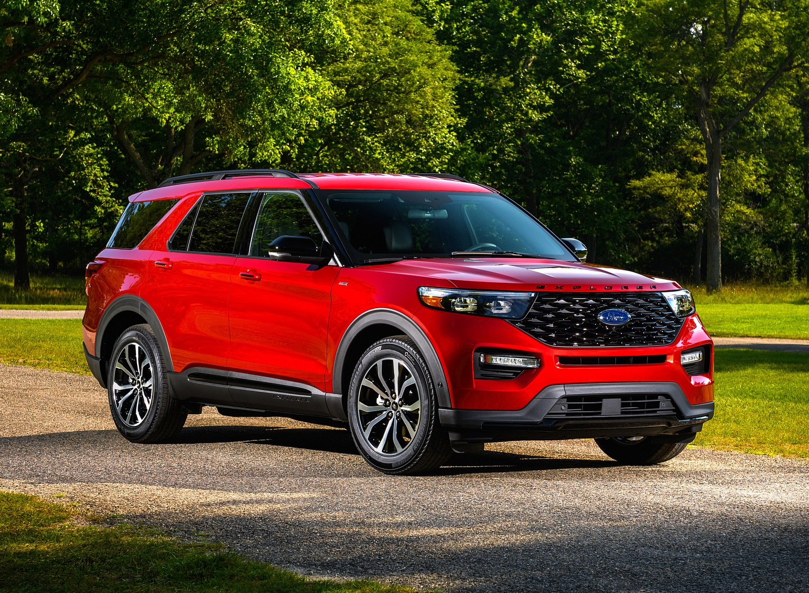 2022 Ford Explorer ST-Line Front Three-Quarter Wallpapers (10)