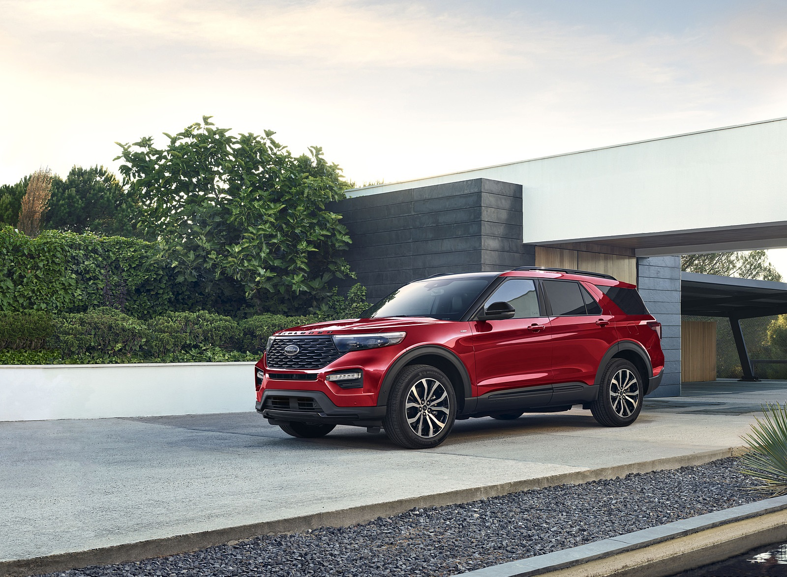 2022 Ford Explorer ST-Line Front Three-Quarter Wallpapers (8)